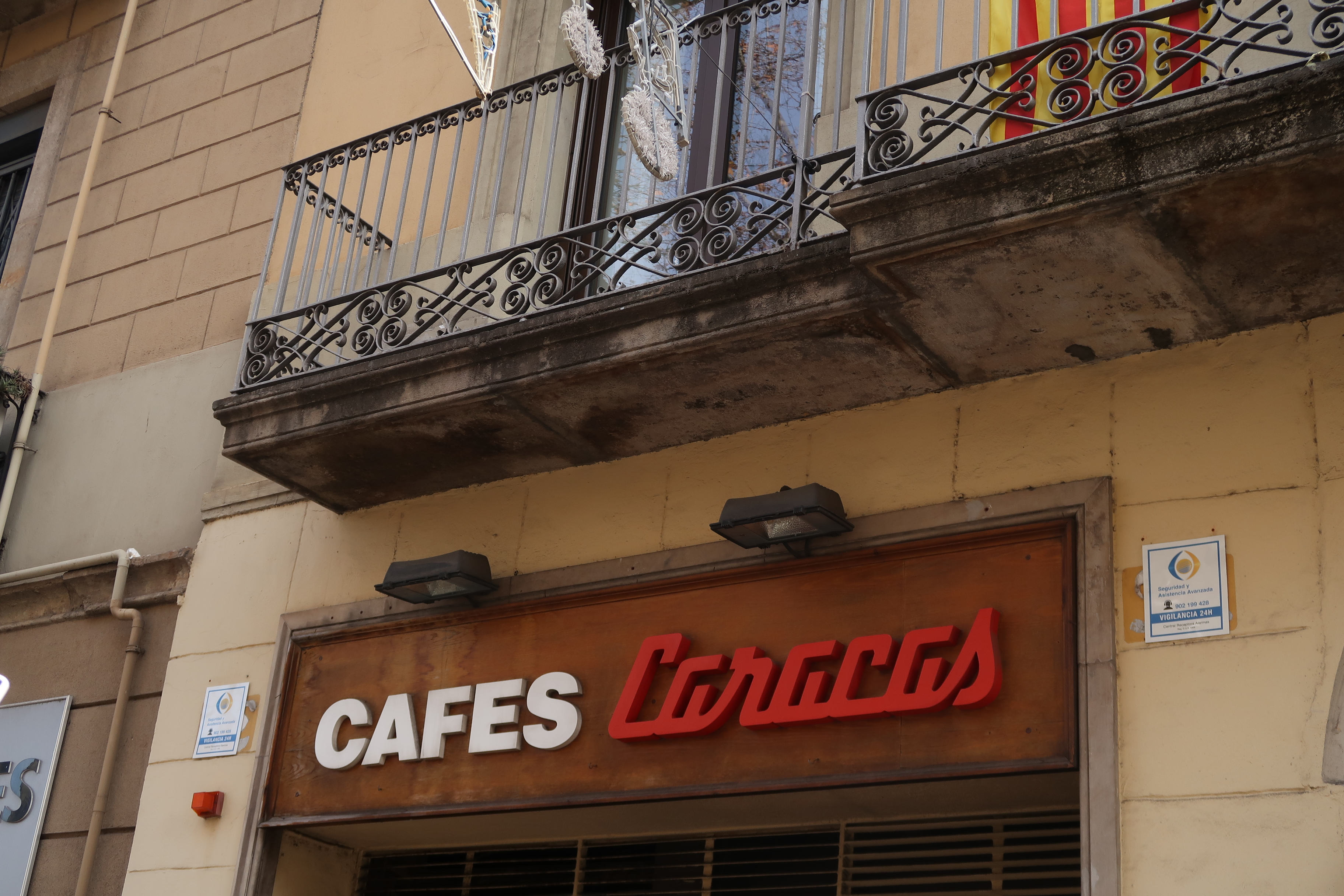 Coffee Shop, Cafes Caracas, Ronda de San Antoni, Barcelona